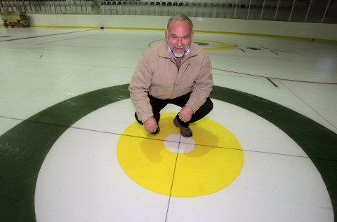 Midt i boet: – Jeg er veldig fornøyd, sier idretssjef Kjell Einar Bergsager om det som skjer i Haugesund Idrettspark.   FOTO: Alfred Aase