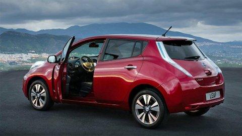 Nye Nissan Leaf er Norges mest solgte nybil akkurat nå. Den forrige er den mest bruktimporterte, for å dekke etterspørselen i bruktmarkedet.