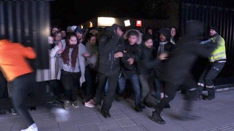 Det ble satt ny rekord i bruk av betalingskort under Black Friday. Bildet viser Oslo Fashion Outlet i Vestby da det åpnet klokken 0500.