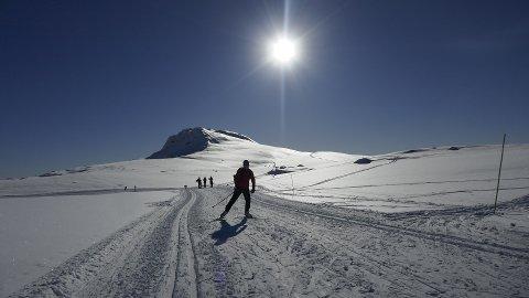 Norsk Folkehjelp har registrert 95 oppdrag i påsken, og svært mange av oppdragene gjelder uheldige skiløpere som faller og skader seg. Illustrasjonsfoto: Erik Johansen / NTB scanpix