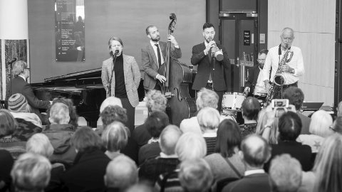 BAKER HANSEN: Lørdagsjazz og Stord Jazzklubb får begge besøk av kvintetten Baker Hansen lørdag.