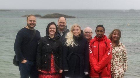 Listekandidatar for Raudt i Karmøy: Bjørn Erik Nordås, Kjellaug Bjerkli Haarberg, Arild Flesjå, Magnhild Johannessen Botten, John Atle Vestvik, Kristian Mateo Norheim, Eva Hildur Hagland
