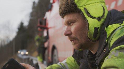 NY SESONG: Vi får et nytt gjensyn med kjendisbilberger Thord Paulsen fra Odda i sesong fem av «Vinterveiens helter». Serien har premiere neste uke.