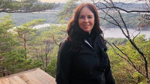 """SELVGJORT: En 45-minutters gåtur fra flyplassen på Stord bygger Margareth Ottesen Mjønes hytte i tretoppene. Går alt etter planen skal den første av """"Himmelhyttene"""" stå klar til utleie rundt påsketider."""