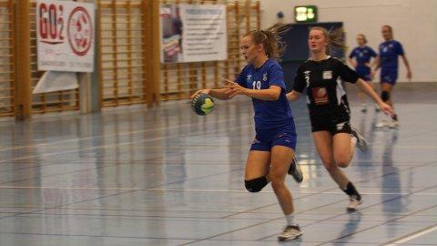Svanhild Lorentzen var blant målscorerne da SILs håndballdamer slo Rana 24-22 i sesongens siste kamp.