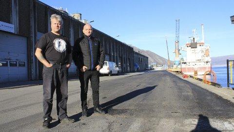 Avtale: – Det finnes ingen avtale om eksklusiv bruksrett for MITs folk i havna, sier Håkon Pettersen (t.v.) og Pål Aanes.Foto: Jon Steinar Linga