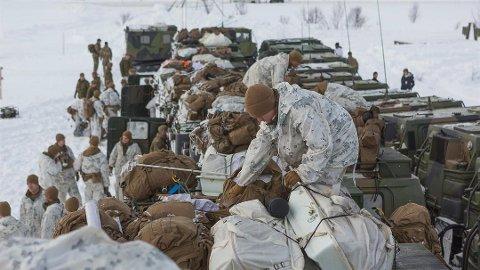 IKKE NOK: Bjørn Domaas Josefsen mener at Hæren i Finnmark ikke er godt nok forberedt for en eventuell militær konflikt med Russland. Han frykter russisk okkupasjon av Finnmark. Bildet er fra en øvelse i Finnmark i mars.