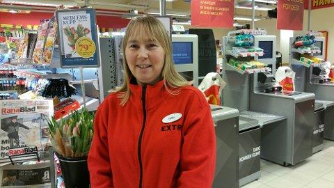 GODE RESULTATER: Konstituert butikksjef Hilde-Karin Lamo er fornøyd med at Coop Extra Halsøy satte ny rekord med en omsetning på 60 millioner kroner.