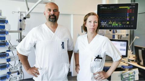SLITNE: Tillitsvalgte sykepleierne ved intensivavdelingen A3 ved UNN, Markus Pikkarainen og Vivian Børstad. Børstad sier til Nordlys at de ansatte er slitne etter en tøff turnus.
