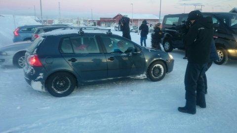 STANSET: Fører av denne bilen forsøkte å ta med seg flyktninger ut av flyktningleir, men ble stanset av politiet.