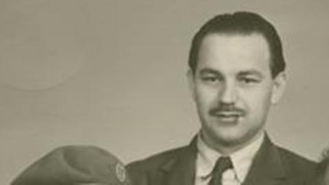 Anton Arild fra Årøya. Bildet er trolig tatt i Oslo i juni 1945.