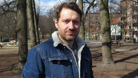 INSOMNI: Anders Bortne har sovet dårlig i 17 år. I perioder har han hatt flere våkenetter på rad. Foto: Kjersti Westeng (Mediehuset Nettavisen)