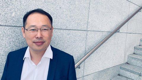 ÅPEN: - Vi er åpne og vil samarbeide med alle. Så langt det lar seg gjøre, sier Lucas Tan, administrerende direktør i Huawei Norge. Foto: Morten Solli (Nettavisen)