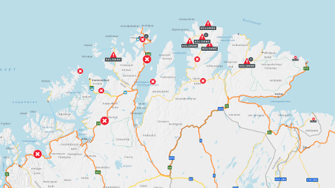 LYSER RØDT: De stengte veiene lyser rødt over Finnmark på Statens vegvesens kart torsdag morgen.
