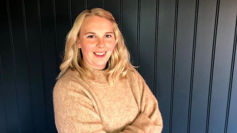 SPARSOMMELIG: Ingrid Martinsen Gotvassli kaster ikke penger ut av vinduet, men strategisk sparing gjør også at hun har råd til å kose seg i ny og ne. Foto:Privat