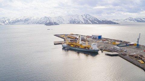 POLARBASE: forsyningsbasen i Hammerfest, som kalles Polarbase, eies av Norsea Group AS. De leverer forsyninger til Snøhvit, Hammerfest LNT, samt letevirksomhet i Barentshavet.