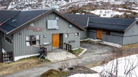 FORESLÅS NEDLAGT: Alta-rådmannen foreslår å legge ned Kvalfjord skole på Stjernøya.