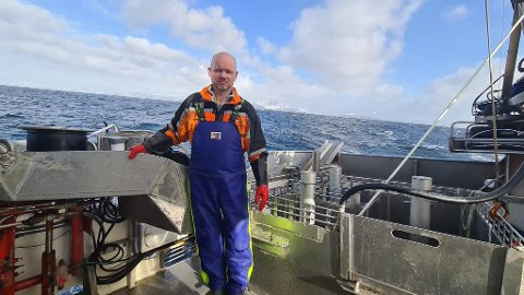 SINT: - Det er reinspikka galskap at de store båtene får presse ut oss sjarkfiskere fra innerst i fjordene, sier fisker Tom Vegar Kiil.