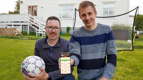 FRA IDE TIL REALITET: Far og sønn Tom Olav og Tom Kristian Stavseth fra Vadsø har laget en egen Fantasy-liga for 4. divisjon i Finnmark.