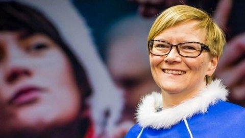 TAKKER FOR SEG: - Nå føler jeg at tiden er inne for å gi plass til en ny direktør, sier Mona Solbakk.