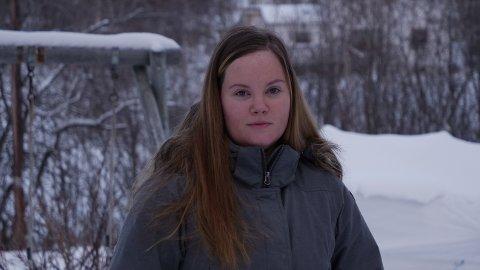 UNØDVENDIG: Monica Irén Berg måtte avlive hesten Timber når han ikke fikk god nok hjelp. Hadde hesten bodd i Oslo, kunne han fremdeles ha levd, mener eieren.