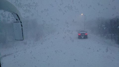 STANS: Slik så det ut da busseier Jan Egil Nikkinen kom til Bekkarfjord torsdag.