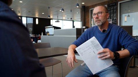 Nils Magne Larsen, professor ved UiT, mener strømregninga fra Hålogaland Kraft er usosial etter at selskapet la om beregninga av nettleien.