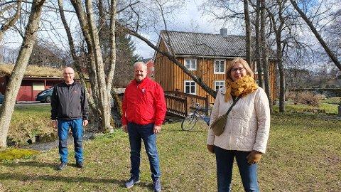 1. MAI: Lørdag blir det 1. maiarrangement i Muustrøparken forteller Hallvard Næss, Mads Nervik og Margareth Halle.