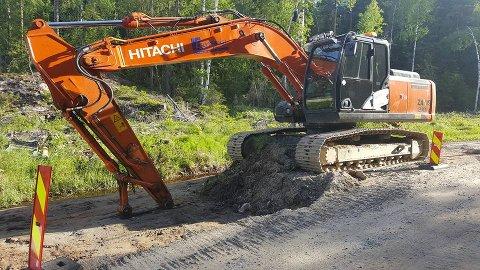 UBRUKELIG: En gravemaskin som ser slik ut, er ikke mye til nytte. FOTO: PRIVAT