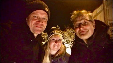 PÅ HUGGET: Lars Tormod Jenset (t,v,), Elin Glende og Trond Johansen i Åkerland er klare med ny singel.