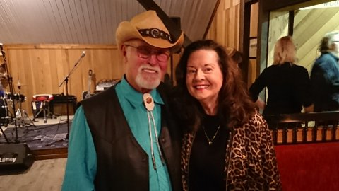 DUETTPARTNERE: Lawson Vallery og Linda Gail Lewis synger duett på to av førstnevntes nye låter. Tidligere har Lewis, som er Jerry Lee Lewis's søster blant andre sunget duetter med Van Morrison.