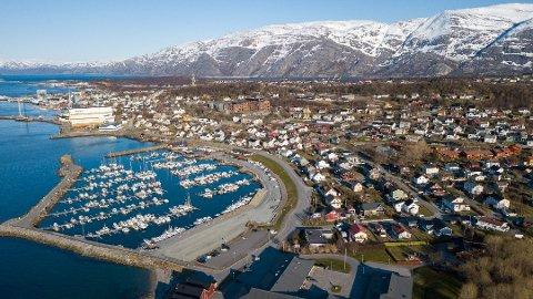 DYRT: Alstahaug kommune er tredje dyreste kommune med en gjennomsnittspris på bokostnader for en enebolig på 120 kvadratmeter, på 100.482 kroner.