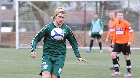 Narve Bø scoret to av Varhaugs tre mål mot Rosseland torsdag kveld.