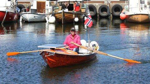 Ro ro ro din båt...til Jæren i allefall. Terje Syvertsen tar med båten på henger og blir kjørt til Stavanger.