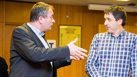 UENIGE: Vidar Haugland (til venstre) i Høyre foreslo å gi to ekstra planleggingsmillioner til ny kirke på Kleppe de neste fira åra. Børge Brunes fra Venstre vil prioritere andre kommunale oppgaver før kirkebygging.