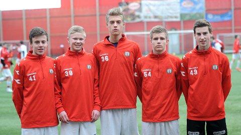 Adrian Berntsen (f.v.), Erling Braut Håland, Andreas Ueland, Sander Ueland Braut og Ola Johannes Elvedahl.