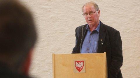 Bjarne Undheim (Sp) sette i Time kommunestyre fram forslag om å gje regjeringa beskjed om dei trange tidene, men fekk berre 13 stemmer. 14 stemde mot.
