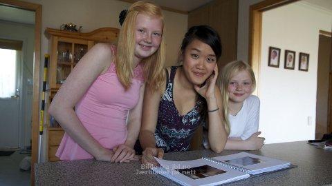 Silje Bore Sonflå og Annbjørg Bore Sonflå har knyttet sterke bånd til utvekslingsstudenten Isabella Leung