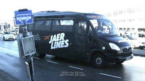 FLEIRE AVGANGAR: Rogaland Taxi satsar vidare for å nå trafikkmåla til flybussen mellom Jæren og Sola flyplass.
