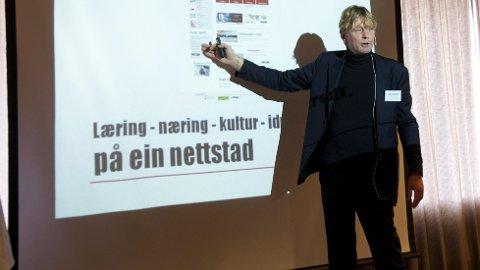 BRYNE.NO: Den nye nettsiden, Bryne.no, skal etter planen lanseres i starten av 2014. Målet er at den skal inneholde alt som skjer på Bryne, fortalte sentrumsleder Christian Stabel under Byutviklingskonferansen fredag.