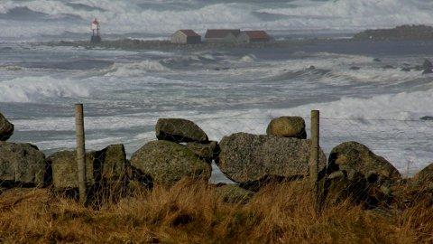 Det blir kraftig vind på Jæren de neste dagene. Dette bildet fra Obrestad er tatt under en tidligere vinterstorm. (Arkivfoto: Brit Romsbotn)