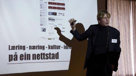 BYUTVIKLING: Christian Stabel, leiar i Brynebyen, presenterte Bryne.no under bykonferansen for litt over ei veke sidan.