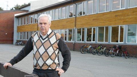Rektor ved Bore skule, Reidar Harberg, har hatt ubedde gjester på kontoret sitt i løpet av helga.