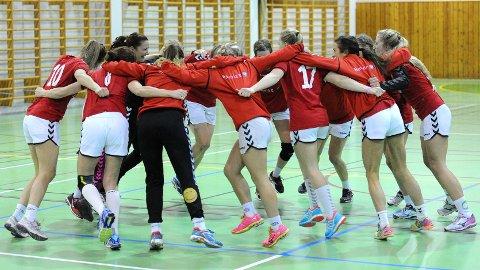Slik feiret Brynes spillere etter seieren over Nærbø for noen uker siden. Torsdag kveld kunne de feire uten å spille.