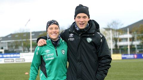 Tameka Butt (t.v.) og Olli Harder i godt humør på onsdagens Klepp-trening.