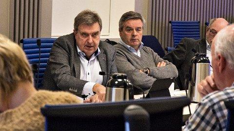 Time-ordfører Reinert Kverneland (t.v.) og Klepps varaordfører Torbjørn Hovland ga klar beskjed til Statens vegvesen om at de vil ha mye mer informasjon i forkant av neste møte i styringsgruppa for Utbyggingspakke Jæren.