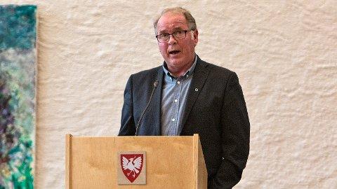 Bjarne Undheim gir seg som fylkesleder, men fortsetter i sentralstyret og lokalpolitikken.