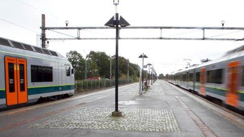 Problemer med signalanlegget fører til togstopp.