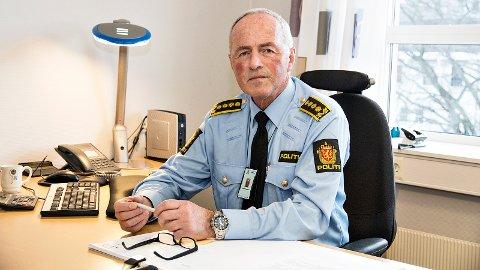 HØYERE ANTALL UNGDOMSKRIMINELLE: Politiinspektør Oddvar Tengesdal forteller at tallene rundt ungdomskriminalitetssaker på Jæren, skiller seg ut fra andre deler av regionen.