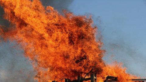 Flere bryter totalforbudet mot å gjøre opp ild.